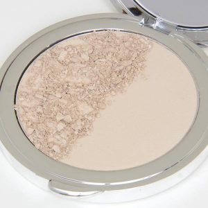 Marta Compressed Mineral Foundation
